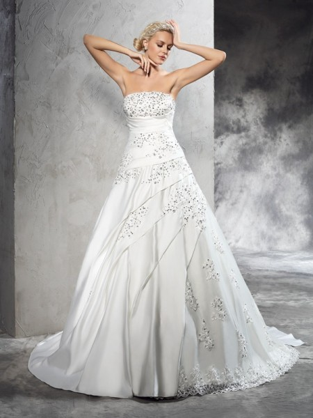 Ball Gown Strapless Beading Satin Wedding Dress