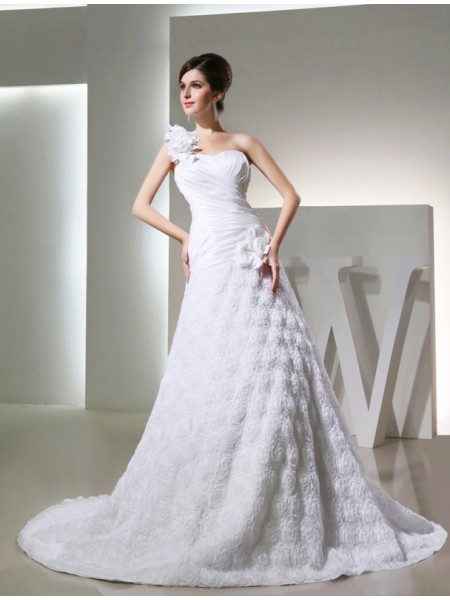 A-Line/Princess One-shoulder Taffeta Hand-made Flowers Long Wedding Dress