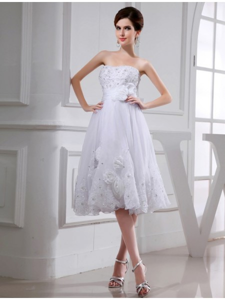 A-Line/Princess Organza Taffeta Applique Wedding Dress