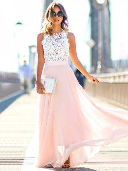 A-Line/Princess Jewel Floor-Length Chiffon Dress with Lace